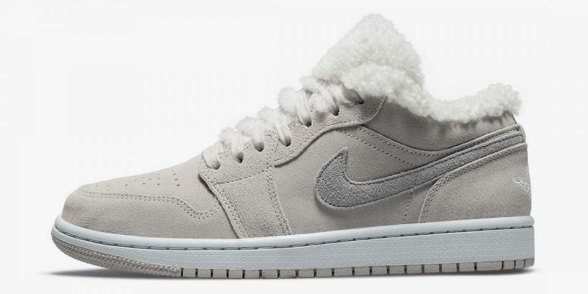 """To one pair of Air Jordan 1 Low """"Sherpa Fleece"""" DO0750-002 this winter is not cold!"""